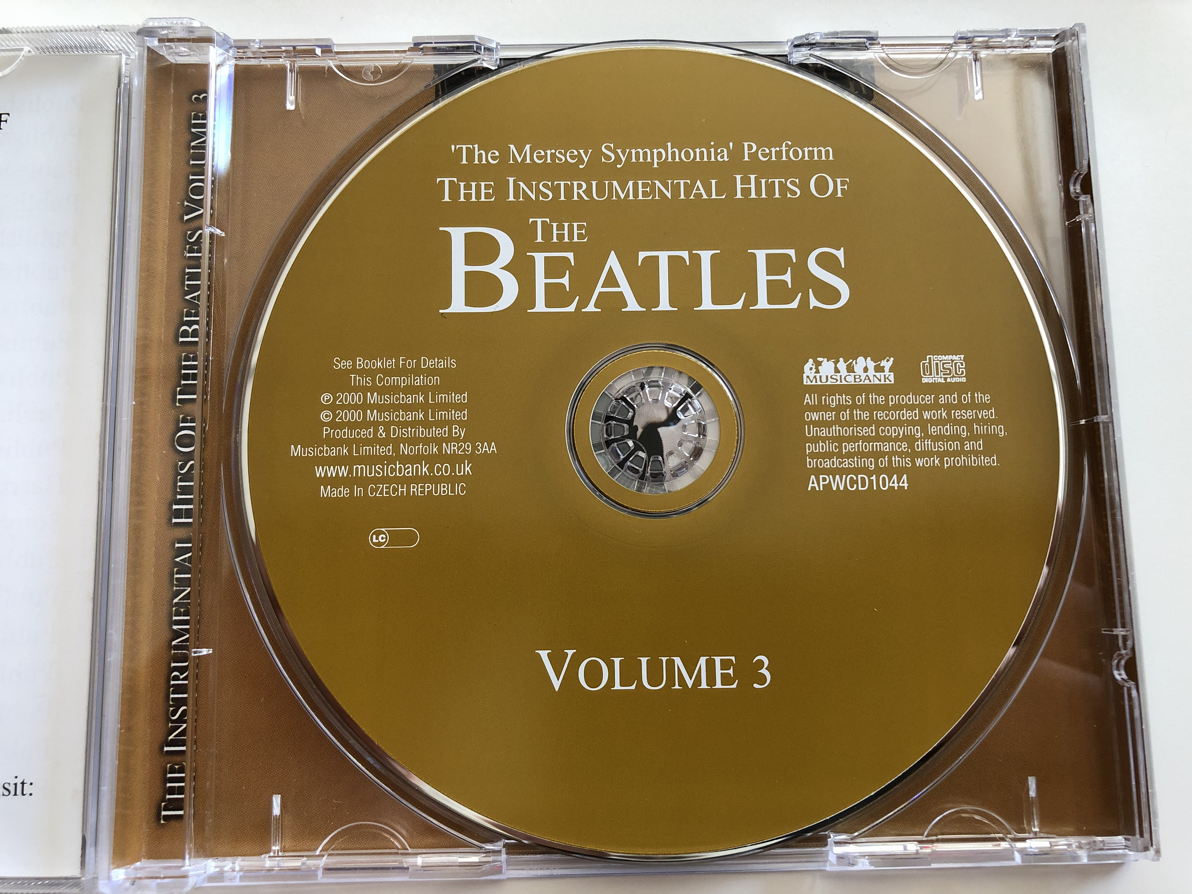 the-instrumental-hits-of-the-beatles-vol.-3-mersey-symphonia-20-beautifully-arranged-instrumentals-lady-madonna-help-she-loves-you-audio-cd-2000-apwcd1044-musicbank-4-.jpg