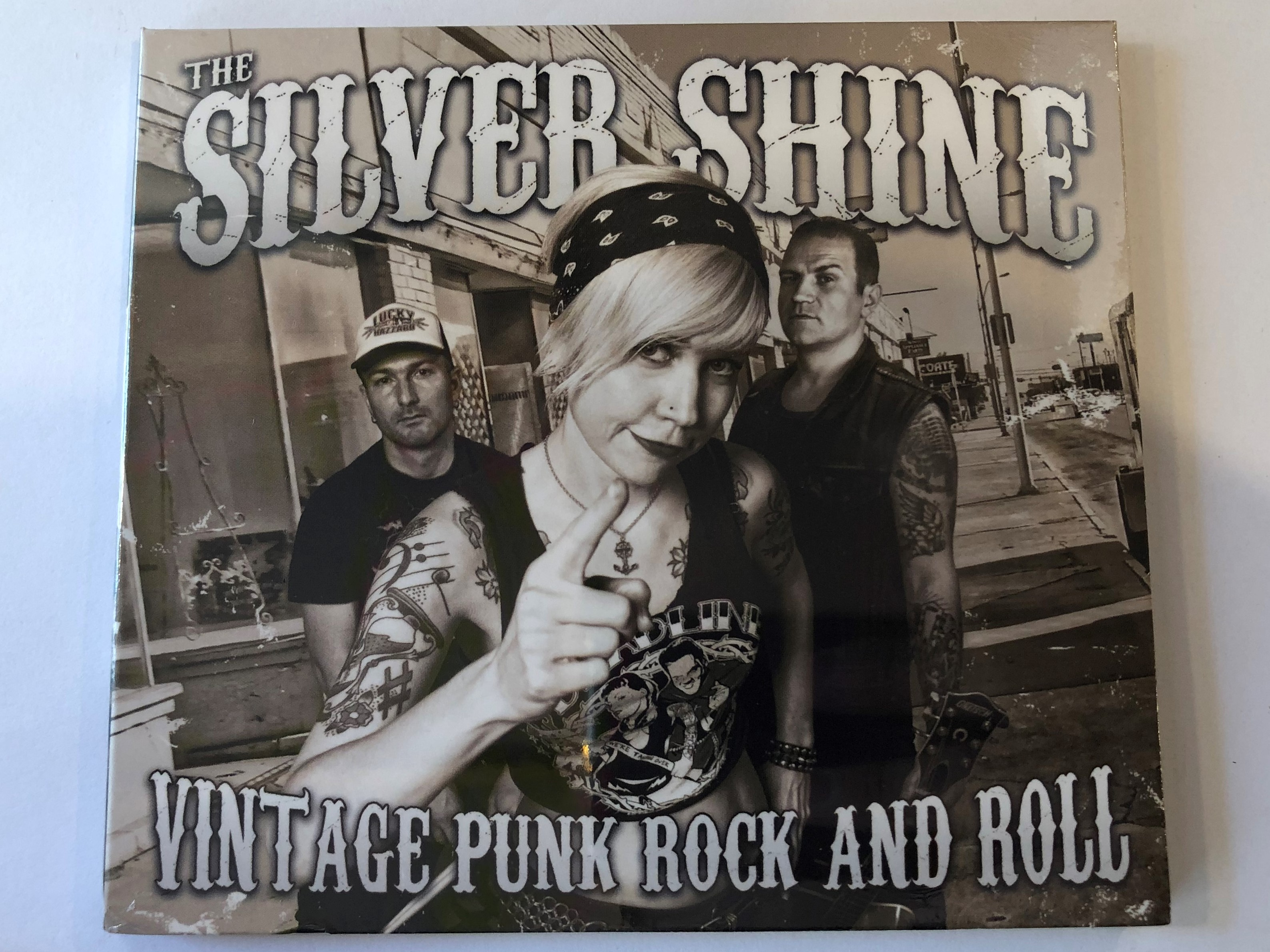 the-silver-shine-vintage-punk-rock-and-roll-grundrecords-audio-cd-2014-gr036-1-.jpg