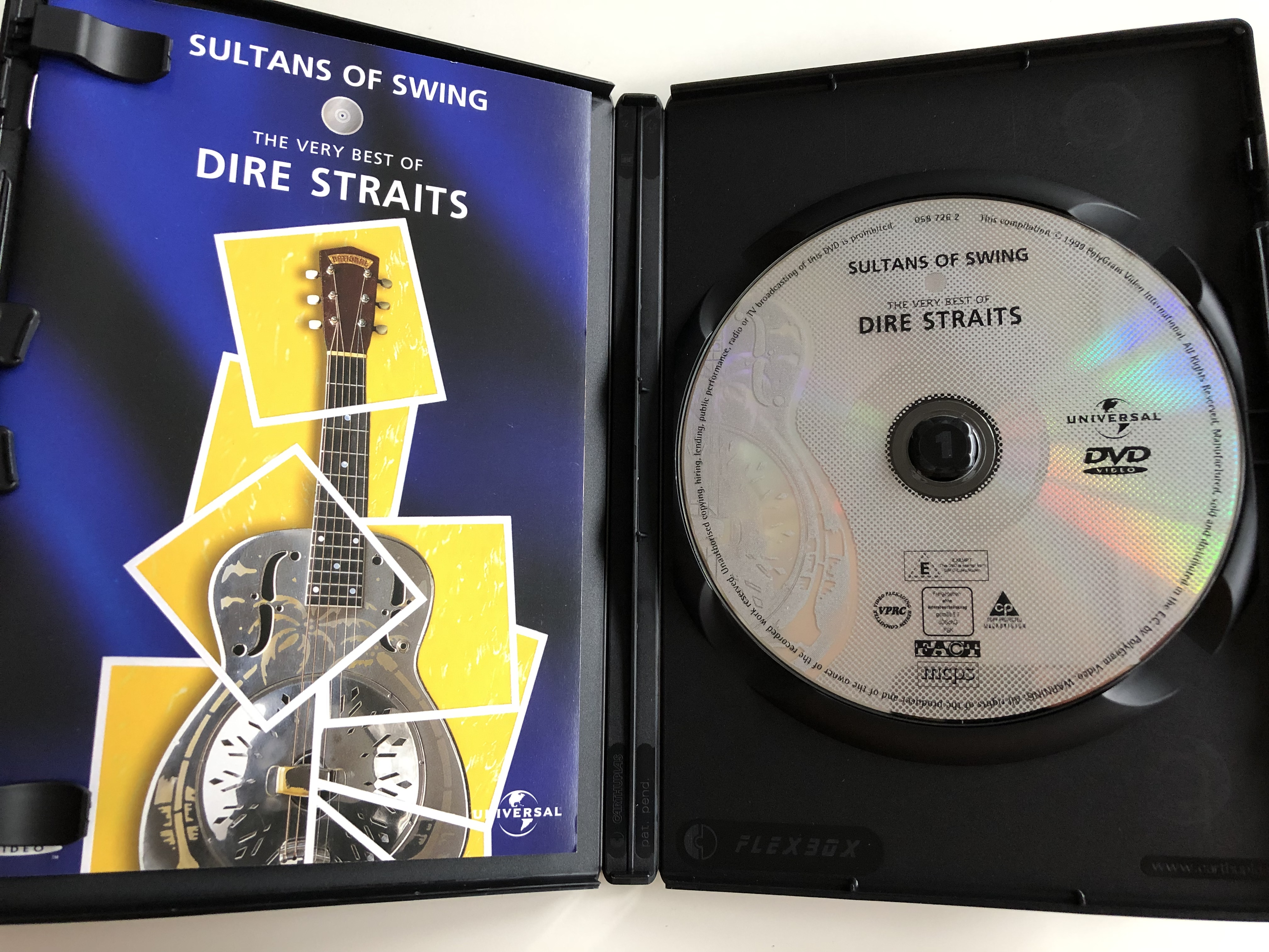 the-very-best-of-dire-straits-dvd-1999-sultans-of-swing-romeo-and-juliet-twisting-by-the-pool-love-over-gold-walk-of-life-audio-interview-with-mark-knopfler-universal-2-.jpg
