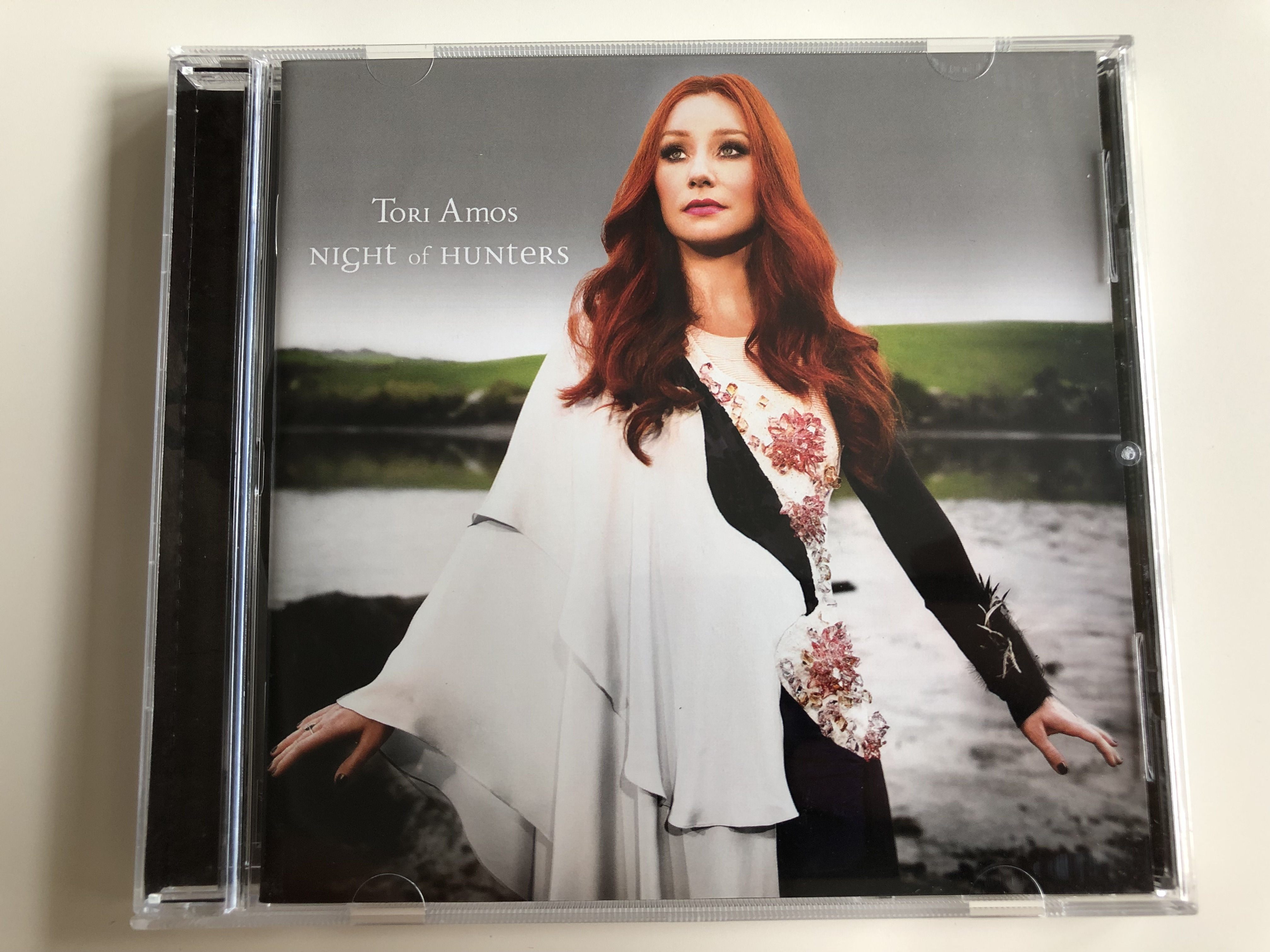 tori-amos-night-of-hunters-snowblind-fearlessness-job-s-coffin-the-chase-seven-sisters-audio-cd-2011-1-.jpg