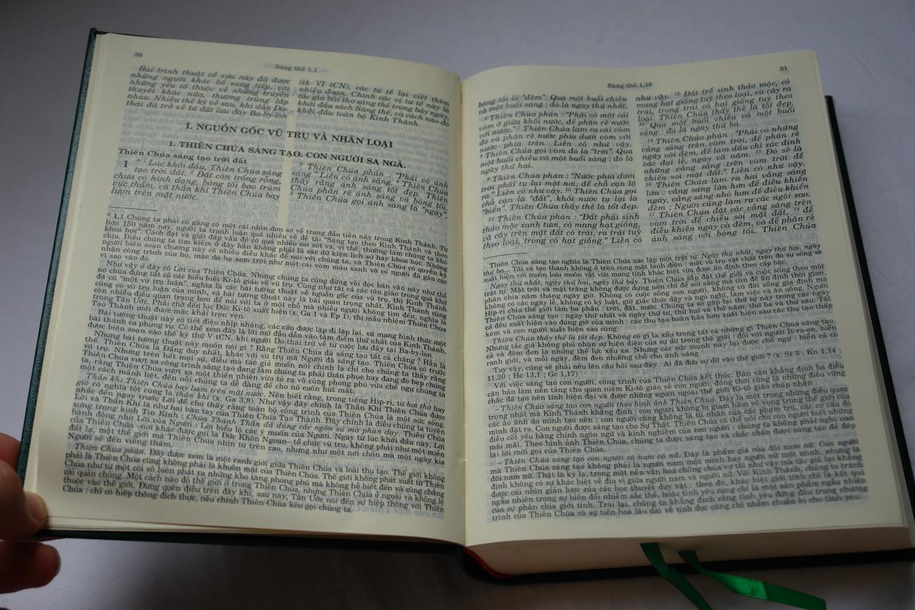vietnamese-holy-bible-green-hardcover-2006-with-deuterocanonical-books-9.jpg