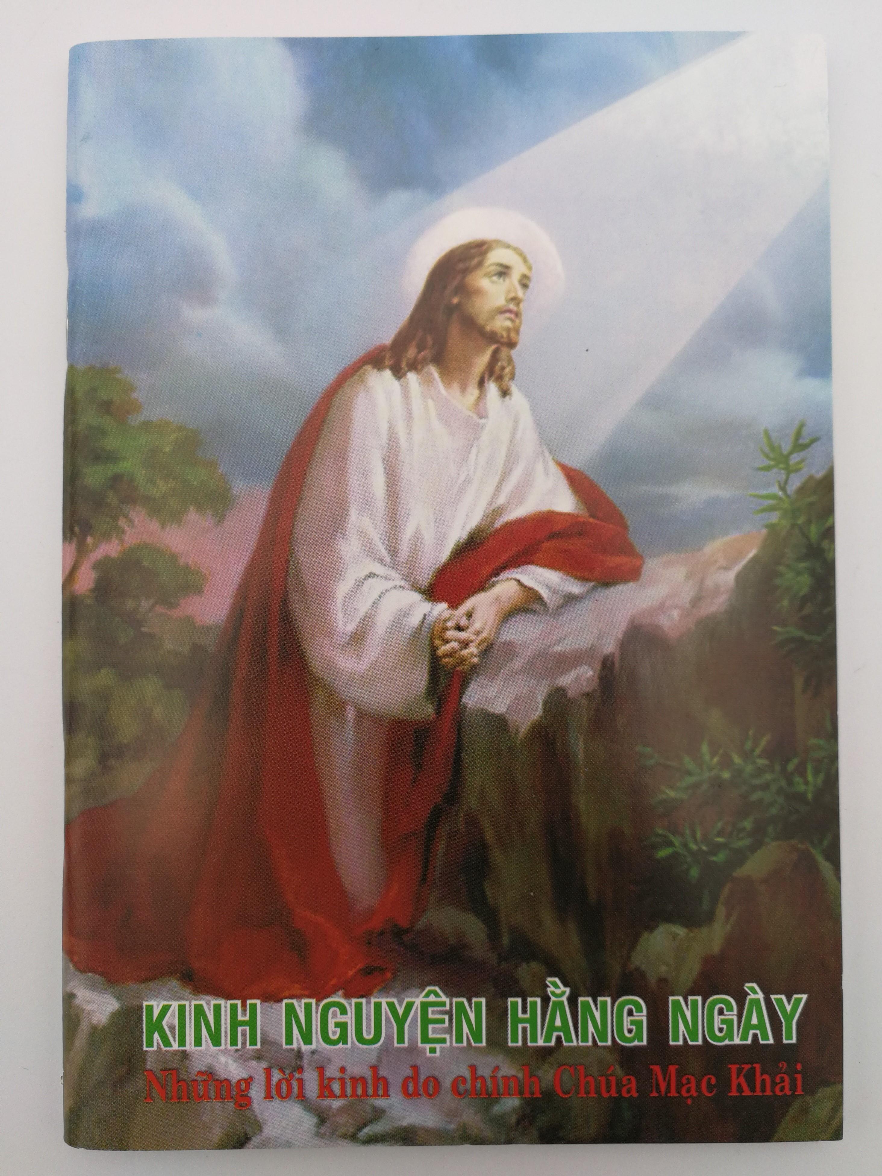 vietnamese-language-roman-catholic-prayer-book-daily-prayers-1.jpg