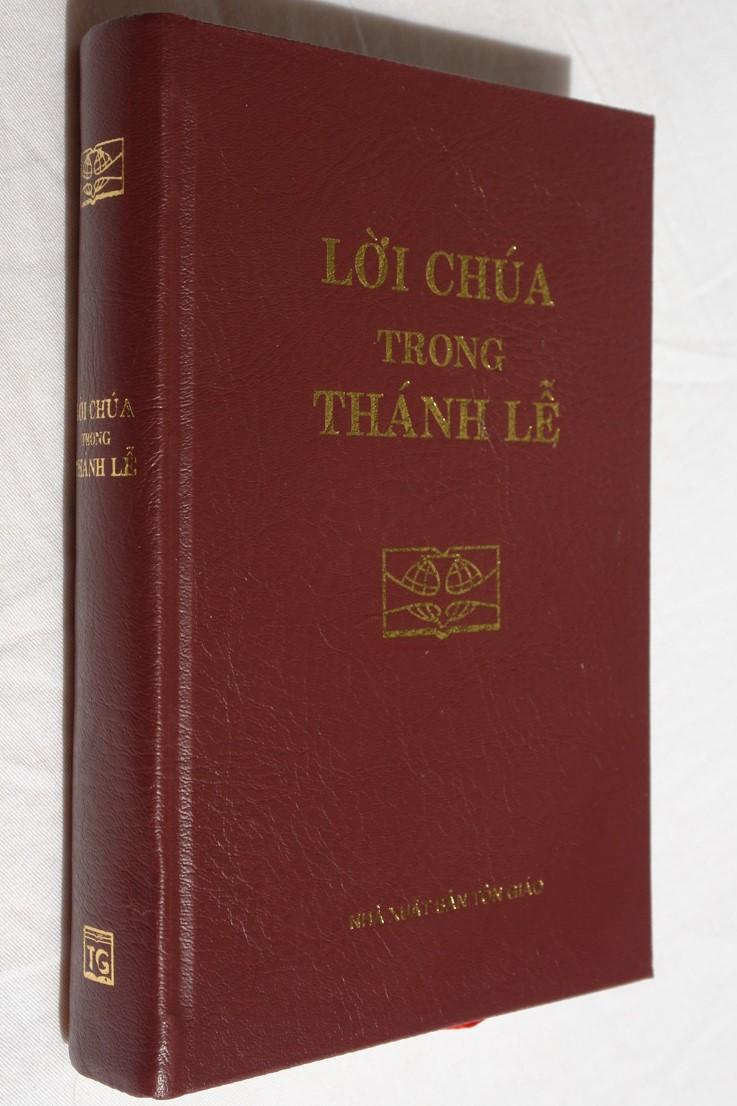 vietnamesecatholicmissal-1.jpg