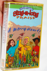 Sing-A-Long Praise: A Merry Heart / Integrity Music Just For Kids / Audio Cassette (000768023143)
