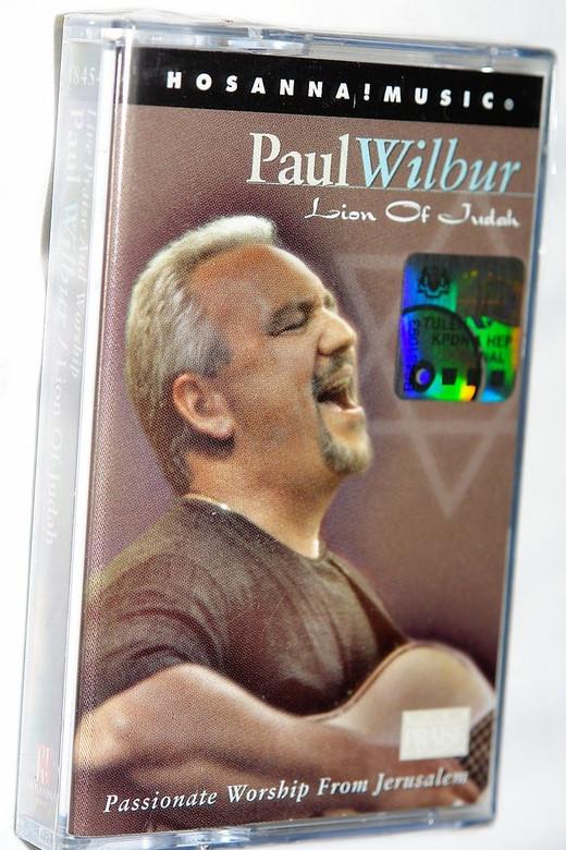 Lion Of Judah - Paul Wilbur / Passionate Worship From Jerusalem / Christian Live Praise and Worship Music / Audio Cassette (000768184547)