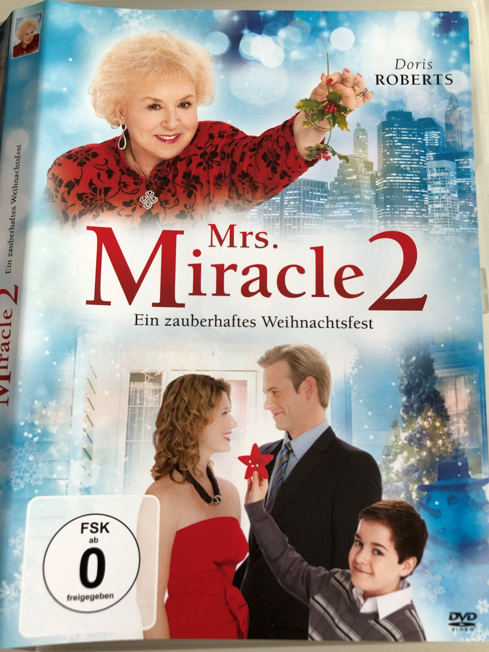 Alle Filme Mit Queen Latifah call me mrs. miracle dvd 2010 mrs. miracle 2 / directedmichael m. scott  / starring: doris roberts, jewel staite, erich johnson / based on the book
