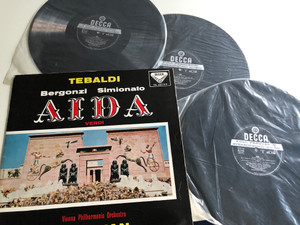 Tebaldi - Bergonzi, Simionato / Aida / Verdi / Conducted: Herbet Von Karajan / Vienna Philharmonic Orchestra / DECCA 3X LP STEREO / SXL 2167-8-9