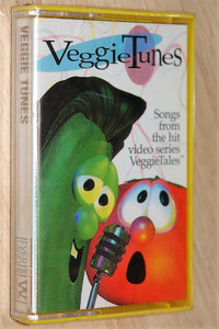 VeggieTunes - Songs from the hit video series Veggie Tales / Everland Entertainment ‎– Audio Cassette / 7019693504