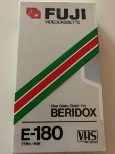 Fuji E-180 videocassette PAL - SECAM VHS / Fine Grain / Grain Fin BERIDOX / 258m / 846' (4902520003935.)