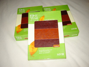 The ONE YEAR BIBLE / Slimline Edition / NIV Brown Tan TuTone Leatherlike bound