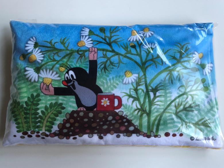 Krtek - Little Mole Heating Pillow - linseed filled - chamomille / Nahrivaci polštárek - naplneny lnenym semínkem / Klein Maulwurf Wärmekissen - Leinsamen füllung / 700W max - 1-2 min / Krteček Polštár nahrivaci, hermá (8590121500890)
