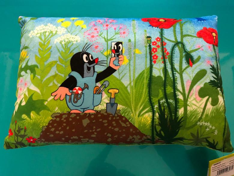 Pillow Krtek - Little Mole in trousers 32x21cm / Polštář Krtek 32x21cm, kalhotky / Kissen Maulwurf 32x21cm, Hose / Kisvakond párna, vakond nadrágban / 99983C / Zdenek Miler / MADE IN CZECH Republic (8590121503471)