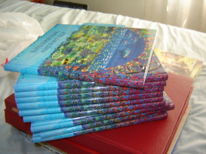 Kyrgyz Children's Bible / Kirgiz Illustated Bible for Children [Hardcover]
