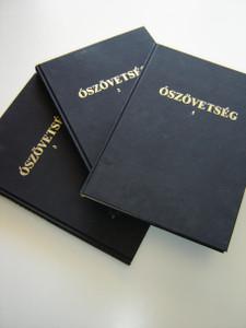 Hungarian SUPER LARGE PRINT Old Testament Books in 3 Volumes / Csokkentlatoknak O Szovetseg Magyar Nyelven 3 Kotetben