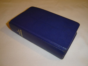 Modern Greek Pocket New Testament / Blue Hardcover B253