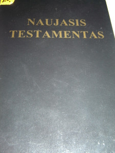 Black Paperback Lithuanian New Testament / Naujasis Testamentas / Printed in U.S.A.
