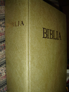 Large Hungarian Family Bible / Catholic 1982 Print / Nagy Magyar Katolikus Csaladi Biblia