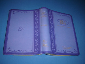 Tagalog - English Bilingual Bible / Luxury PURPLE Leather Bound, Golden Edges, Diglot / Ang Banal Na Kasulatan Tagalog - KJV 055