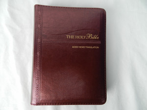 Good News Bible - Burgundy Leather Bound with Zipper / Luxury Edition - 2015 Print with Color Illustrations / GNT035CZ