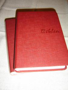 Red Slovak Ecumenical Bible with Deuterocanonical Books / Biblia, Cervena – Slovensky Ekumenicky Preklad s Deuterokanonickymi Knihami