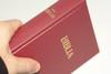 Burgundy Hungarian Bible / MAGYAR BIBLIA: Egyszerű fordítás (EFO) / Keményborító bordó műbőr kötés / Imitation Leather Hardcover / Modern Hungarian Language Easy to Read