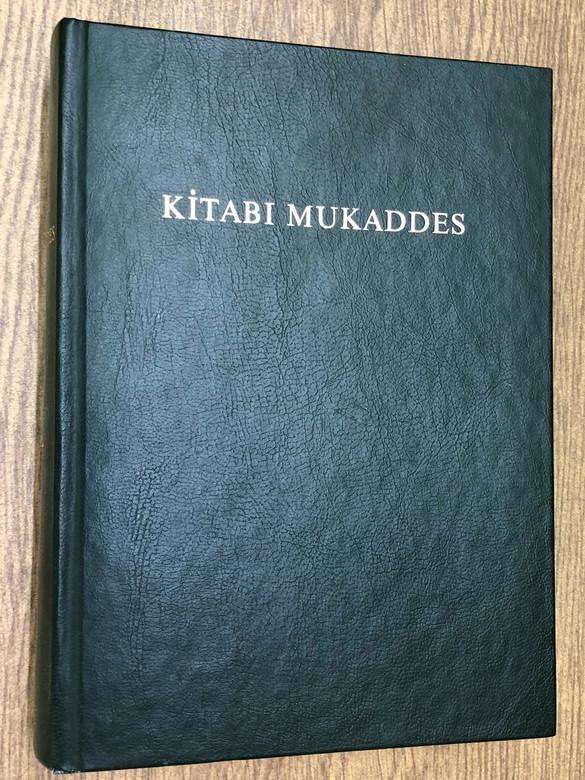 Kitabi Mukaddes / Turkish Bible Green Hardcover / 1989 Printed in Turkey / Eski ve Yeni Ahit - Tevrat ve Incil (TurkishGreenBible)