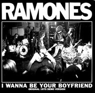 065 RAMONES - I WANNA BE YOUR BOYFRIEND / JUDY IS A PUNK  (Black vinyl)