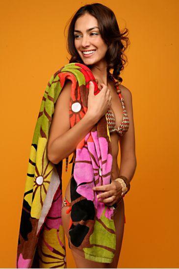 Beach Towel in Umbrella Flower Brown