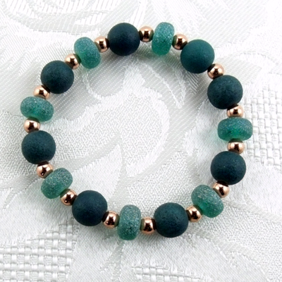 Green Matted Glass/Copper Stretch Bracelet