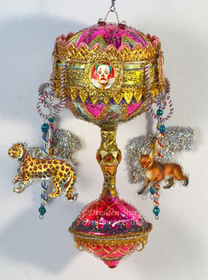 Kinetic Glass Carousel with Fabulous Wild Animals GL14008