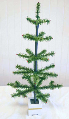 "34"" Traditional Tapered Feather Tree"