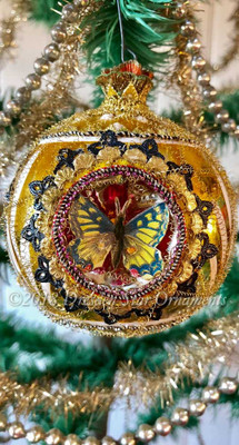 Large Deluxe Gold Triple-Indent Ornament with 3 Butterflies