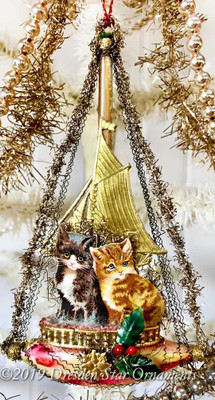 Reserved for Diana – Kitties Riding Victorian Boat End-of-day Ornament