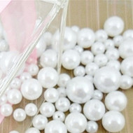 Decorative White Pearls in Assorted Sizes (Pack of 685)
