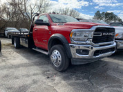 "2019 Dodge 5500 Vulcan 19'6"" Red"