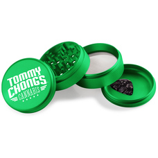 * Tommy Chong x Beamer Smoke  *4-piece, 63mm grinder  *Made of ultra-durable aircraft aluminum * Bottom chamber features rounded edges to make scraping easy  *Includes a guitar pick scraper and a double thick o-ring