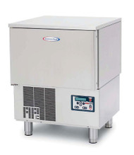 "HurriChill™ Blast Chiller/Shock Freezer, Reach-In, undercounter, self-contained, (3) 12"" x 20"" x 2.5"" pan capacity, 30 lbs. from 160° F to 38° F blast chill capacity/90 minutes, 18 lbs. 160° F to 0° F freeze capacity/240 minutes, solid-state electronic control panel with VFD display & alarms, (1) food probe, stainless steel interior & exterior, 6"" stainless steel legs, UL listed for safety & sanitation to NSF standards"
