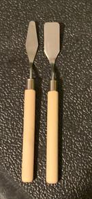 2 Pc Wooden Handle Palette Knives