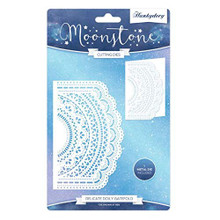 Hunkydory Moonstone Cutting Dies- Delicate Doily Gatefold MSTONE238