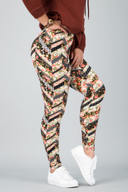 Pattern Print Leggings || 14