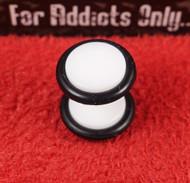 Black on White Acrylic Unplugs 8mm