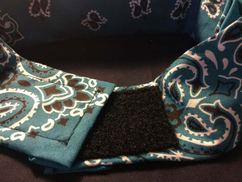 This is a sample of what our NO KNOT NO TIE option is that you can have put on the back of your sassy bandana.  Quality sewn and firm fitting, you will love it! To add this option, simply click the box under the bandana picture when adding to your cart