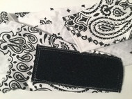 This is an example of the NO KNOT NO TIE backside closure.. if you want this added to the back of this bandana, then simply click on the OPTIONS box