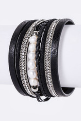 sassy black and pearl metallic bracelet with magneticv closure