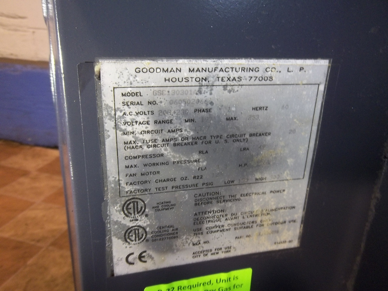 GOODMAN Used Central Air Conditioner Condenser GSC130301AB ACC-7618