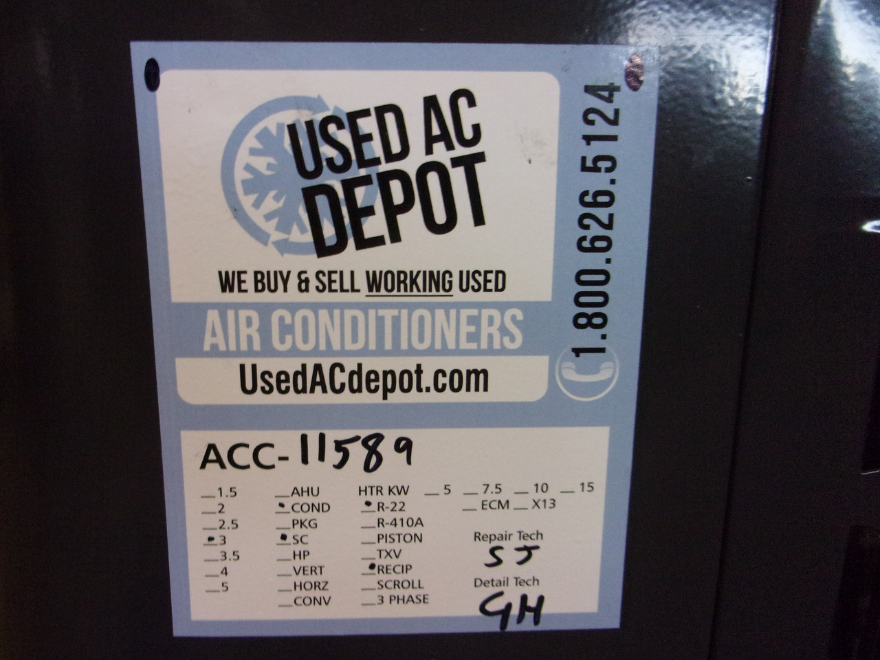 GOODMAN Used Central Air Conditioner Condenser GSC130361DD ACC-11589