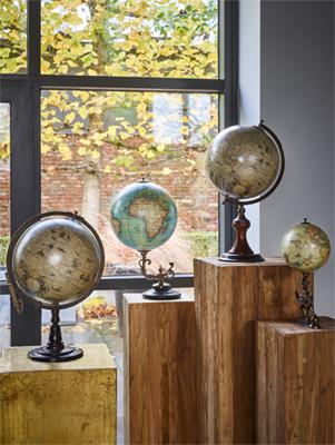 globes-1.jpg