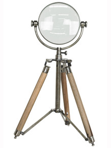 Authentic Models AC040 Magnifying Glass With Tripod