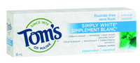 Tom's of Maine Simply White Toothpaste Peppermint, 85 ml | NutriFarm.ca