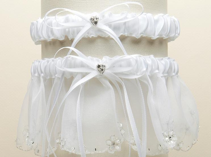 White Dainty Floral Chain Organza Wedding Bridal Garter Set For